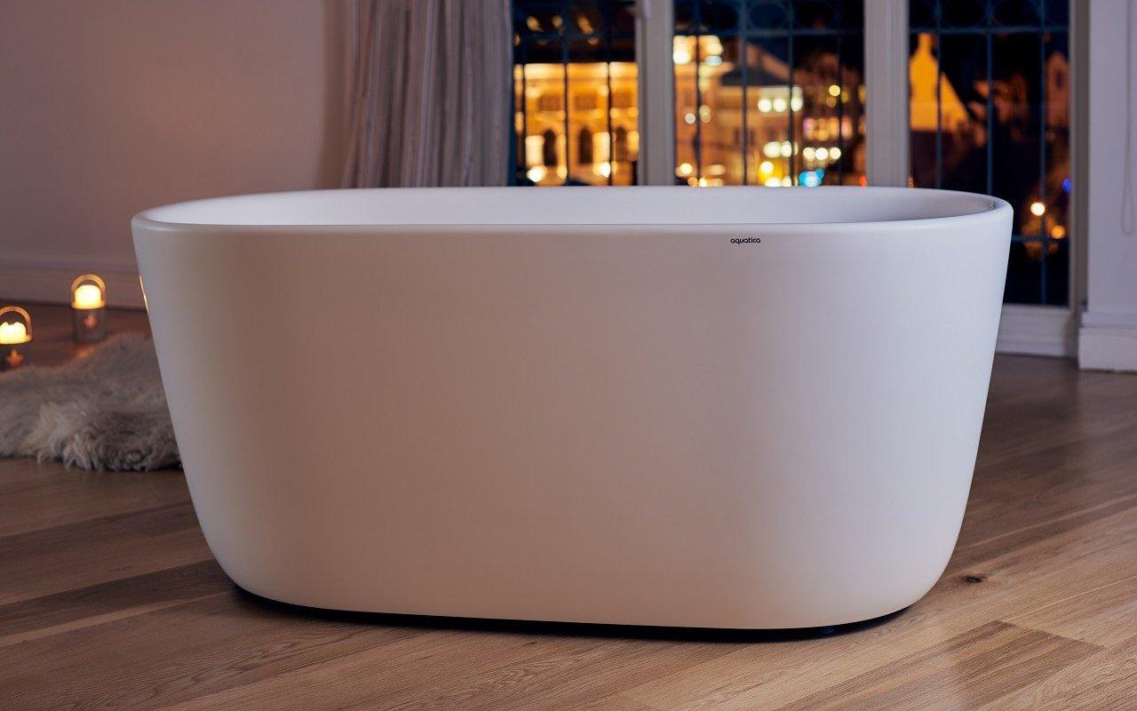 Aquatica Lullaby-Mini-Wht™ Freistehende Wanne mit fester Oberfläche picture № 0