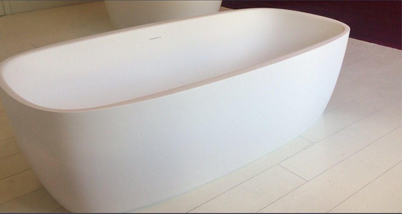 Aquatica Coletta White Freestanding Solid Surface Bathtub 49 0 (web)