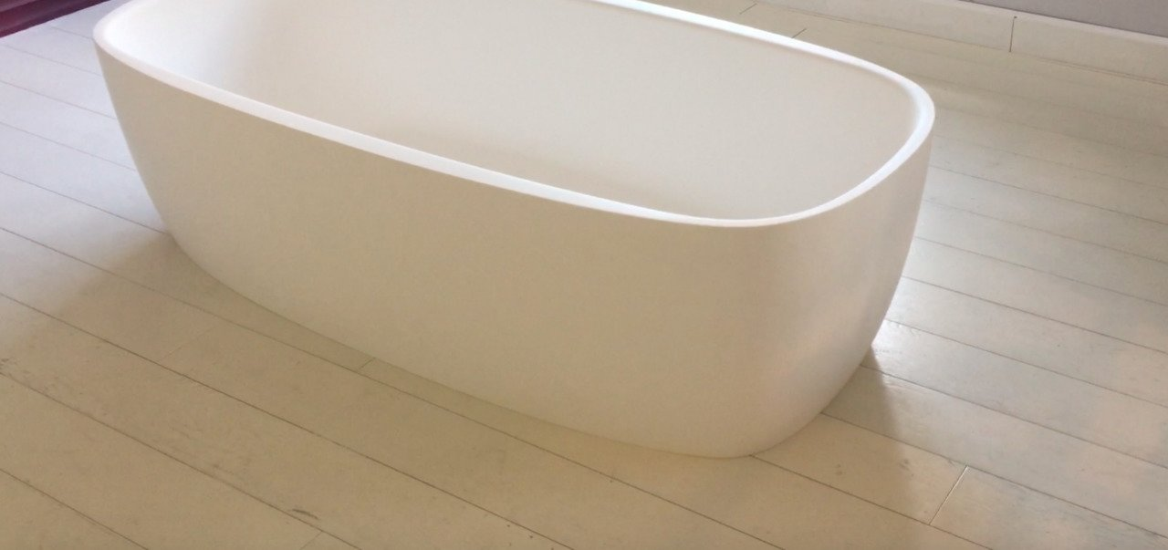 Aquatica Coletta White Freestanding Solid Surface Bathtub 49 2 (web)