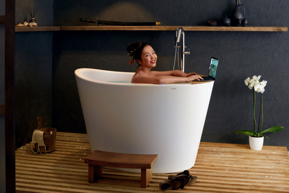 aquatica true ofuro tranquility beheizte badewanne. Black Bedroom Furniture Sets. Home Design Ideas