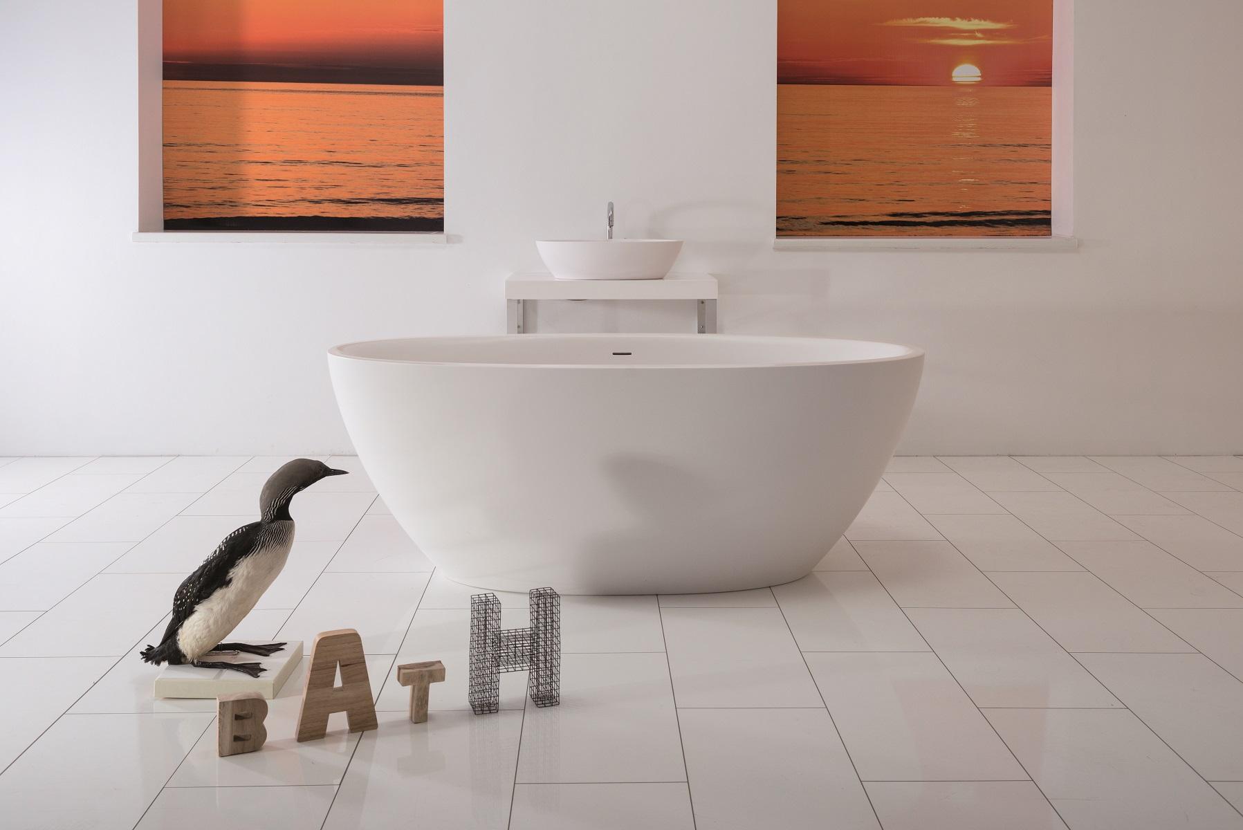 Aquatica sensuality mini wall freistehende aquatex badewanne for Mini badewanne